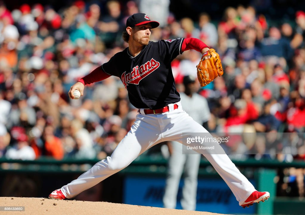 Josh Tomlin #43 of the Cleveland Indians pitches against the Chicago White Sox in the first inning at Progressive Field on October 1, 2017 in Cleveland, Ohio.