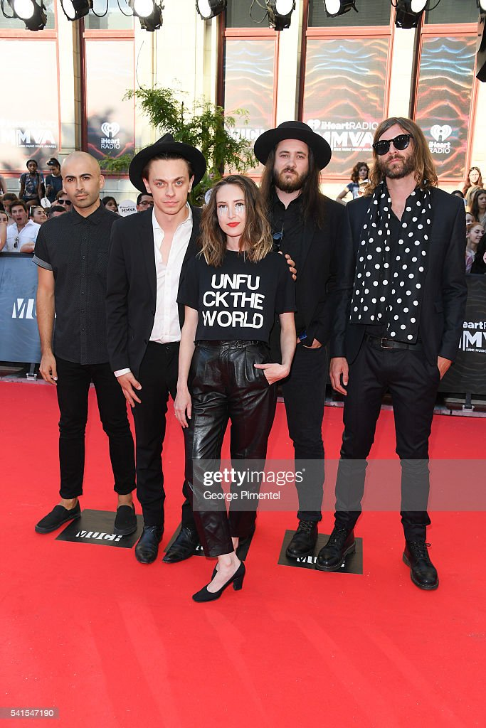 july talk peter and leah dating July talk july talk is an alternative rock band from toronto, canada the band formed in 2012 and consists of of singers peter dreimanis and leah fay, guitarist ian docherty, bassist josh warburton, and drummer danny miles.