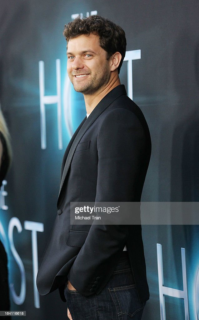 Joshua Jackson arrives at the Los Angeles premiere of 'The Host' held at ArcLight Cinemas Cinerama Dome on March 19, 2013 in Hollywood, California.