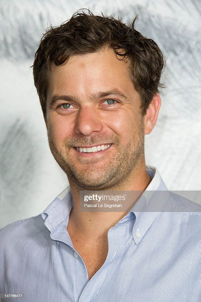<a gi-track='captionPersonalityLinkClicked' href=/galleries/search?phrase=Joshua+Jackson+-+Actor&family=editorial&specificpeople=208160 ng-click='$event.stopPropagation()'>Joshua Jackson</a> attends the Chanel Haute-Couture show as part of Paris Fashion Week Fall / Winter 2012/13 at the Grand Palais on July 3, 2012 in Paris, France.