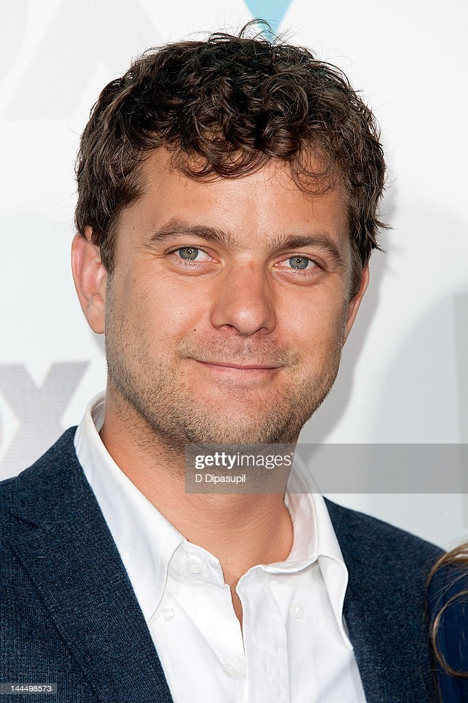 <a gi-track='captionPersonalityLinkClicked' href=/galleries/search?phrase=Joshua+Jackson+-+Actor&family=editorial&specificpeople=208160 ng-click='$event.stopPropagation()'>Joshua Jackson</a> attends the Fox 2012 Programming Presentation Post-Show Party at Wollman Rink - Central Park on May 14, 2012 in New York City.