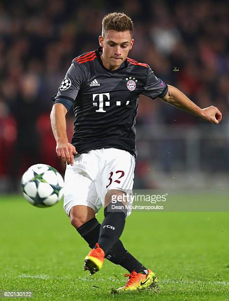 Joshua Kimmich of Bayern Muenchen in action during the UEFA Champions League Group D match between PSV Eindhoven and FC Bayern Muenchen at Philips...