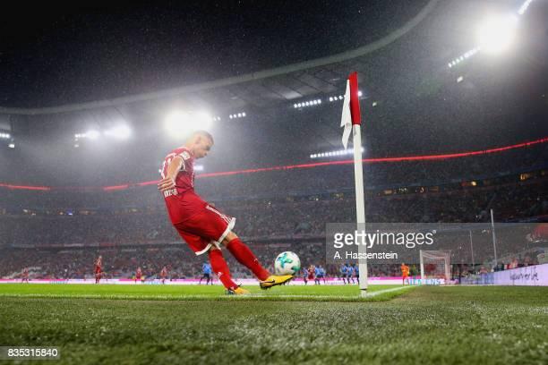 Joshua Kimmich of Bayern Muenchen kicks corner kick during the Bundesliga match between FC Bayern Muenchen and Bayer 04 Leverkusen at Allianz Arena...