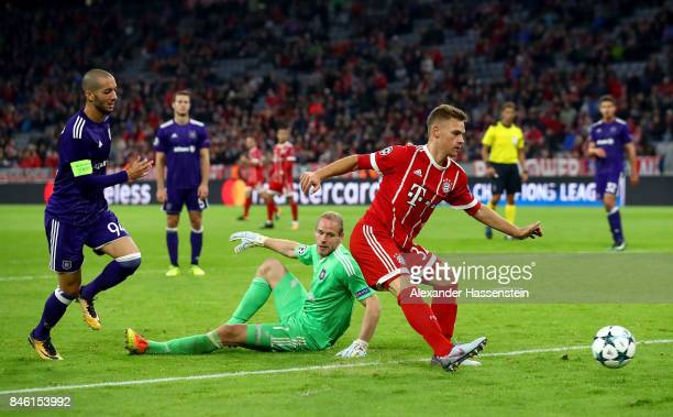 Joshua Kimmich of Muenchen scores the 3rd goal during the UEFA Champions League group B match between Bayern Muenchen and RSC Anderlecht at Allianz...