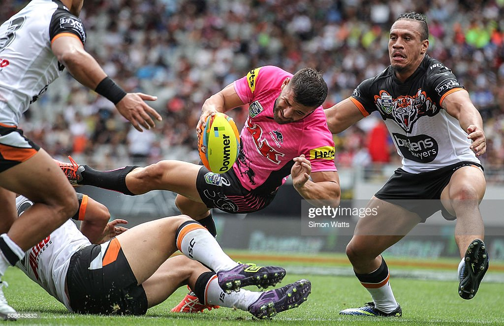 Joshua Mansour of the Panthers scores a try during the 2016 Auckland Nines match between the Panthers and the Tigers at Eden Park on February 6, 2016 in Auckland, New Zealand.