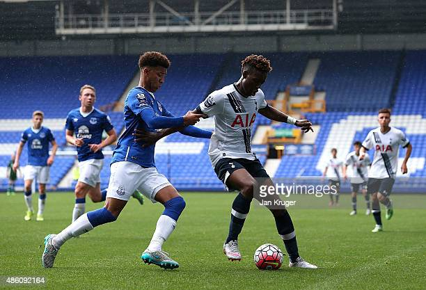 Joshua Onomah of Spurs battles with Mason Holgate of Everton during the Premier League International Cup between Everton U21 and Tottenham Hotspur...