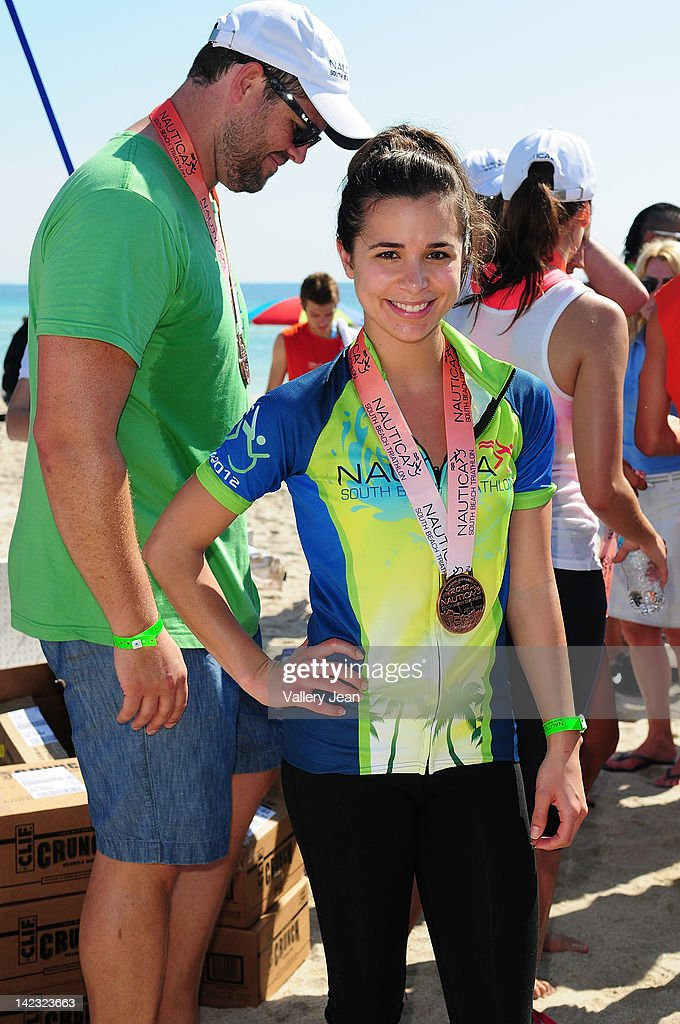 <a gi-track='captionPersonalityLinkClicked' href=/galleries/search?phrase=Josie+Loren&family=editorial&specificpeople=6123503 ng-click='$event.stopPropagation()'>Josie Loren</a> participates in the 5th Annual Nautica South Beach Triathlon to benefit St. Jude Children's Research Hospital on April 1, 2012 in Miami Beach, Florida.