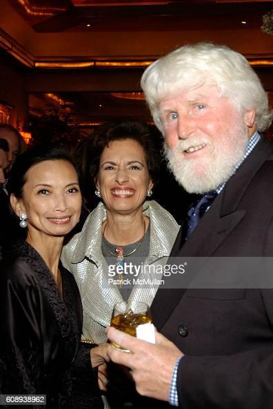 Josie Natori Rosemary Bravo and attend 30th Anniversary of NATORI Honoring JOSIE NATORI at La Grenouille on November 1 2007 in New York
