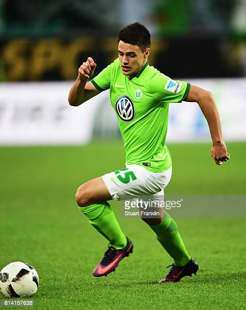 Josip Brekalo of Wolfsburg in action during the Bundesliga match between VfL Wolfsburg and 1 FSV Mainz 05 at Volkswagen Arena on October 2 2016 in...