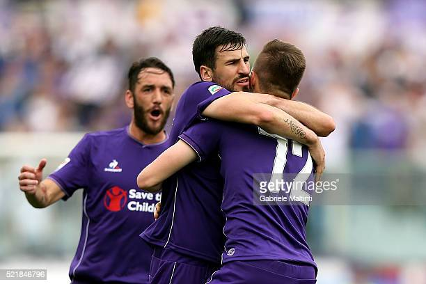 Josip Ilicic of ACF Fiorentina celebrates after scoring a goal during the Serie A match between ACF Fiorentina and US Sassuolo Calcio at Stadio...
