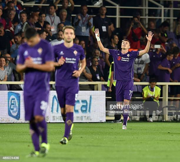 Josip Ilicic of Fiorentina celebrates after scoring the goal 20 during the Serie A match between ACF Fiorentina and AC Milan at Stadio Artemio...