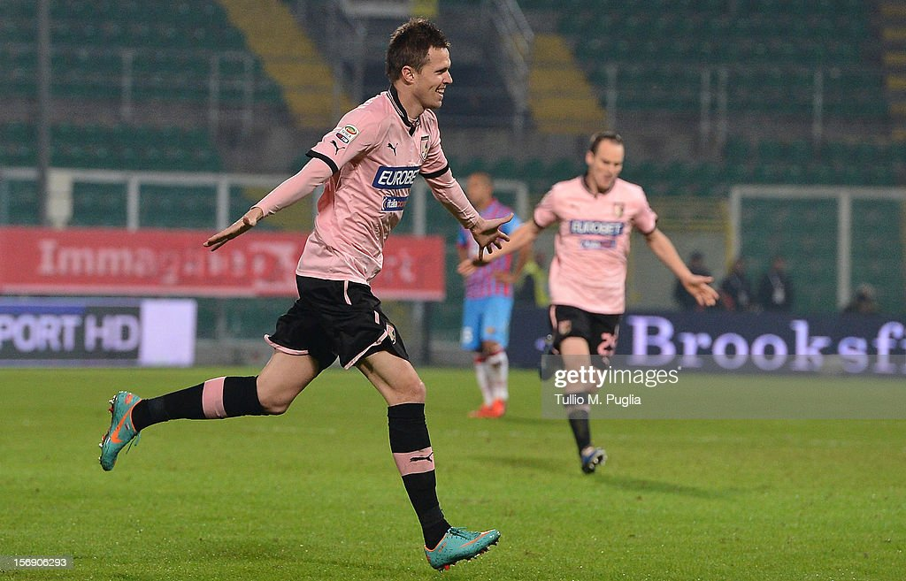 <a gi-track='captionPersonalityLinkClicked' href=/galleries/search?phrase=Josip+Ilicic&family=editorial&specificpeople=7151628 ng-click='$event.stopPropagation()'>Josip Ilicic</a> of Palermo celebrates after scoring is team's second goal during the Serie A match between US Citta di Palermo and Calcio Catania at Stadio Renzo Barbera on November 24, 2012 in Palermo, Italy.