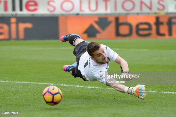 Josip Posavec of Palermo during the Serie A match between US Citta di Palermo and UC Sampdoria at Stadio Renzo Barbera on February 26 2017 in Palermo...
