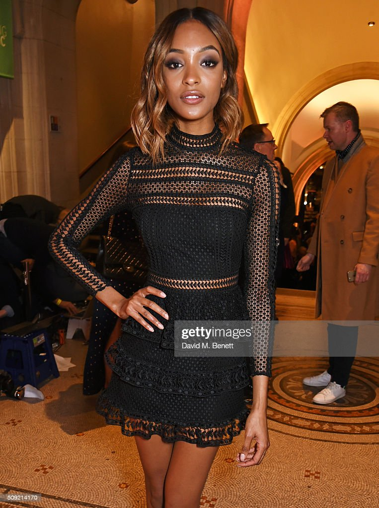 <a gi-track='captionPersonalityLinkClicked' href=/galleries/search?phrase=Jourdan+Dunn&family=editorial&specificpeople=4347612 ng-click='$event.stopPropagation()'>Jourdan Dunn</a> attends a private view of 'Vogue 100: A Century of Style' hosted by Alexandra Shulman and Leon Max at the National Portrait Gallery on February 9, 2016 in London, England.