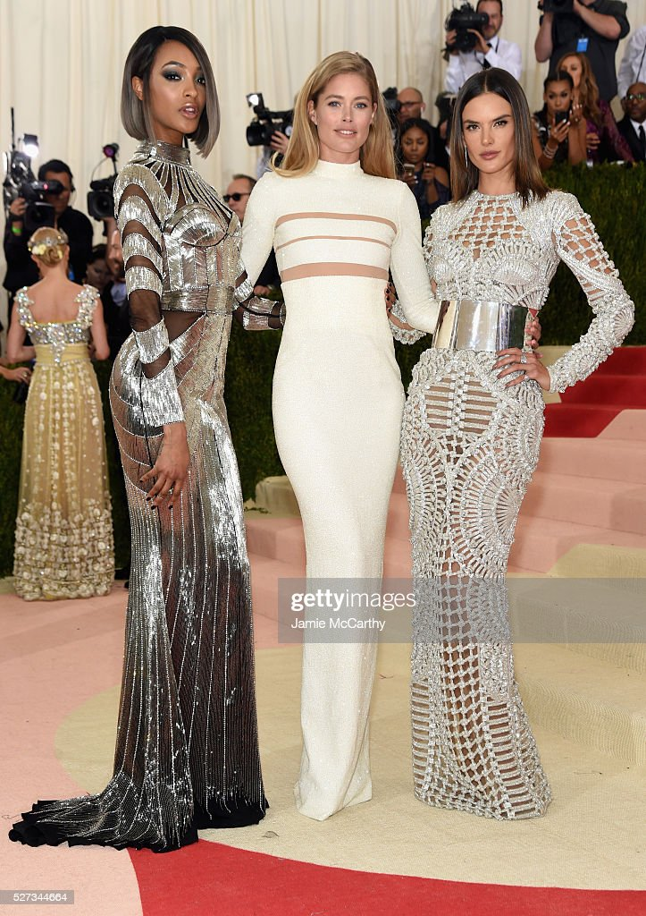 Jourdan Dunn, Doutzen Kroes, and Alessandra Ambrosio attend the 'Manus x Machina: Fashion In An Age Of Technology' Costume Institute Gala at Metropolitan Museum of Art on May 2, 2016 in New York City.