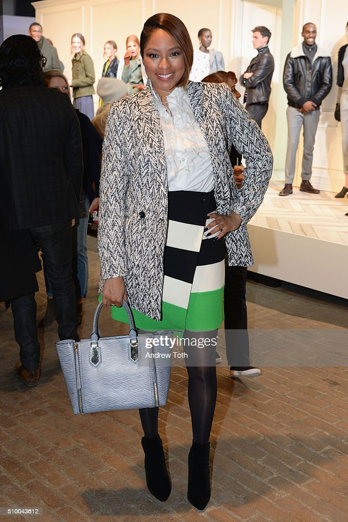 Banana Republic - Presentation - Fall 2016 New York Fashion Week
