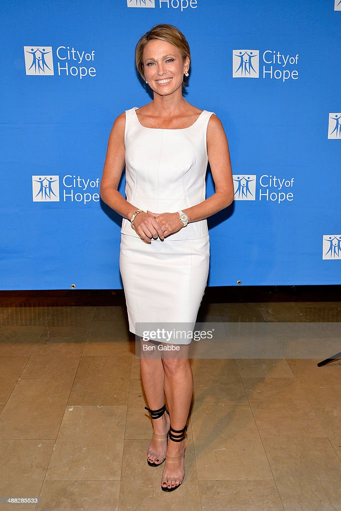 Journalist Amy Robach attends 2014 'Spirit Of Life' Awards Luncheon at The Plaza Hotel on May 5, 2014 in New York City.