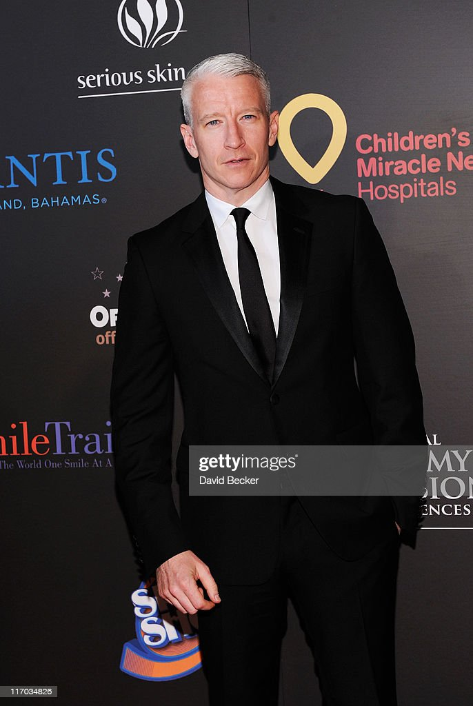 Journalist <a gi-track='captionPersonalityLinkClicked' href=/galleries/search?phrase=Anderson+Cooper&family=editorial&specificpeople=226776 ng-click='$event.stopPropagation()'>Anderson Cooper</a> arrives at the 38th Annual Daytime Entertainment Emmy Awards held at the Las Vegas Hilton on June 19, 2011 in Las Vegas, Nevada.