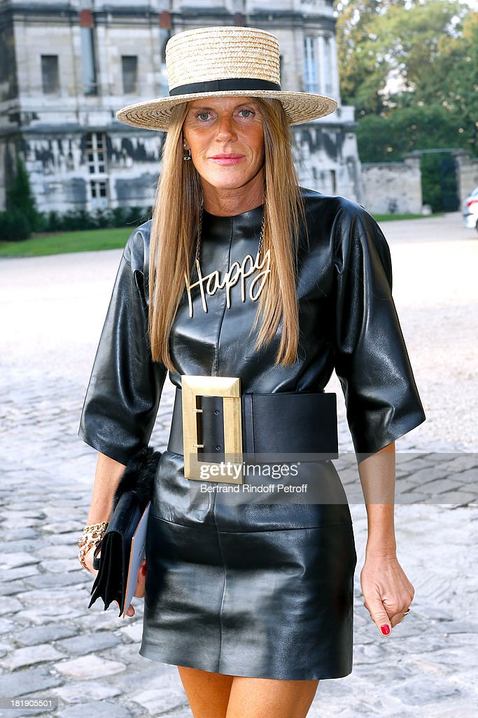 Journalist <a gi-track='captionPersonalityLinkClicked' href=/galleries/search?phrase=Anna+Dello+Russo&family=editorial&specificpeople=4391772 ng-click='$event.stopPropagation()'>Anna Dello Russo</a> arrives at Balenciaga show as part of the Paris Fashion Week Womenswear Spring/Summer 2014, held at Paris Observatory on September 26, 2013 in Paris, France.