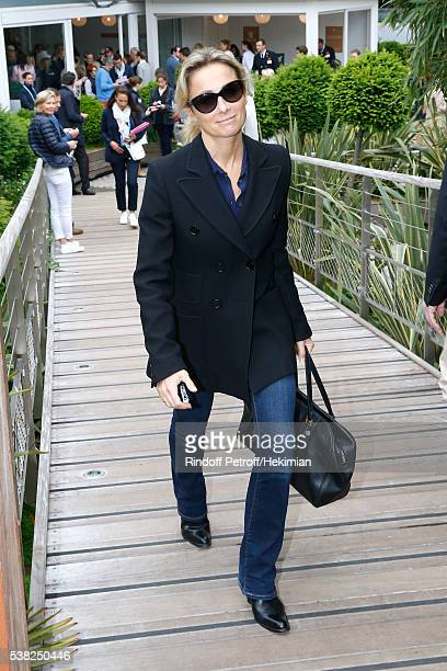 Journalist AnneSophie Lapix attends Day Fifteen Men single's Final of the 2016 French Tennis Open at Roland Garros on June 5 2016 in Paris France