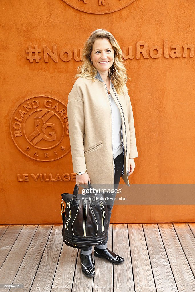 Journalist Astrid Bard attends the 2016 French Tennis Open - Day Three at Roland Garros on May 24, 2016 in Paris, France.