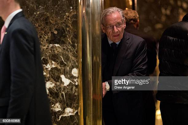 Journalist Bob Woodward arrives at Trump Tower January 3 2017 in New York City Presidentelect Donald Trump and his transition team are in the process...
