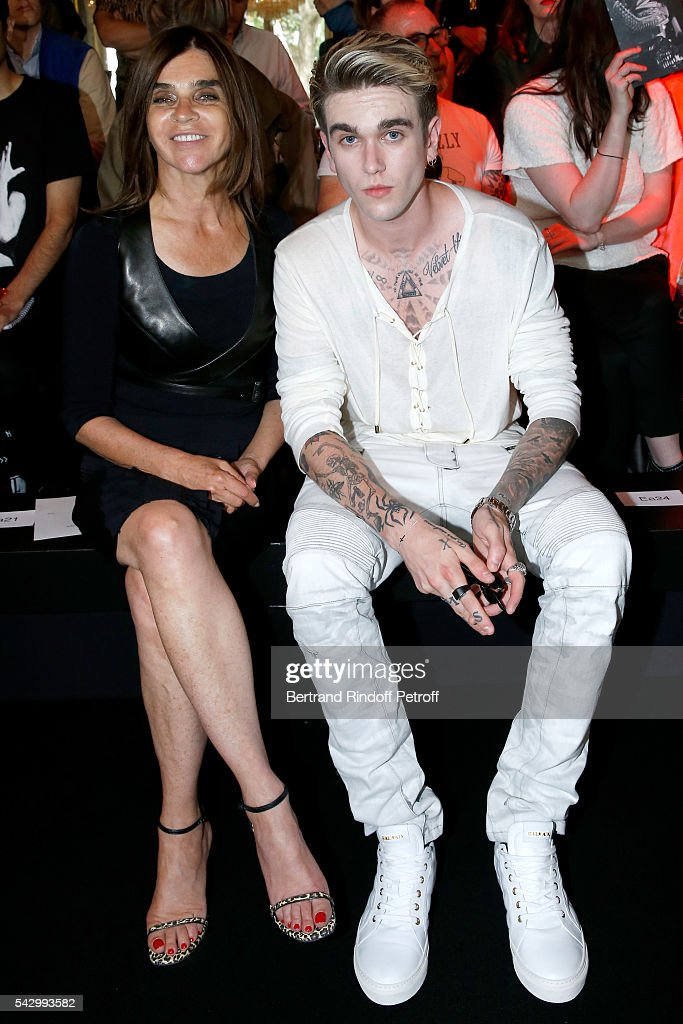 Journalist Carine Roitfeld and Model Gabriel-Kane Day-Lewis attend the Balmain Menswear Spring/Summer 2017 show as part of Paris Fashion Week on June 25, 2016 in Paris, France.