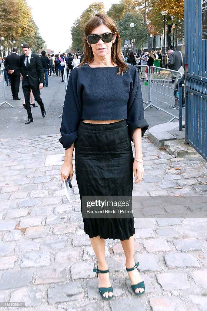Journalist <a gi-track='captionPersonalityLinkClicked' href=/galleries/search?phrase=Carine+Roitfeld&family=editorial&specificpeople=240177 ng-click='$event.stopPropagation()'>Carine Roitfeld</a> arriving at Balenciaga show as part of the Paris Fashion Week Womenswear Spring/Summer 2014, held at Paris Observatory on September 26, 2013 in Paris, France.