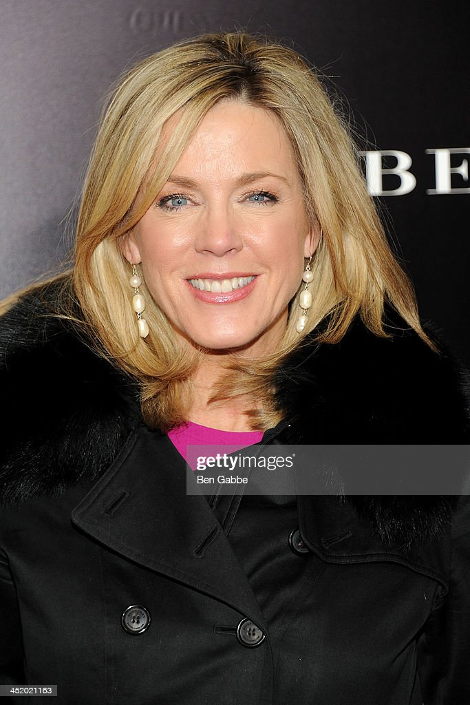 Journalist <a gi-track='captionPersonalityLinkClicked' href=/galleries/search?phrase=Deborah+Norville&family=editorial&specificpeople=214079 ng-click='$event.stopPropagation()'>Deborah Norville</a> attends the screening of 'Mandela: Long Walk to Freedom', hosted by U2, Anna Wintour and Bob & Harvey Weinstein, with Burberry at the Ziegfeld Theater on November 25, 2013 in New York City.