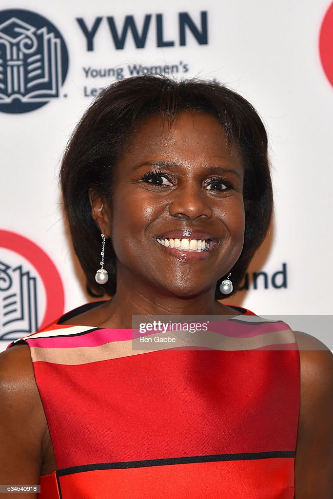 Journalist <a gi-track='captionPersonalityLinkClicked' href=/galleries/search?phrase=Deborah+Roberts&family=editorial&specificpeople=214075 ng-click='$event.stopPropagation()'>Deborah Roberts</a> attends the 2016 CollegeBound Initiative Celebration at Jazz at Lincoln Center on May 26, 2016 in New York City.