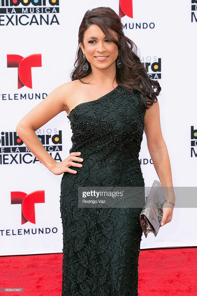 Journalist Dunia Elvir attends the 2013 Billboard Mexican Music Awards arrivals at Dolby Theatre on October 9, 2013 in Hollywood, California.