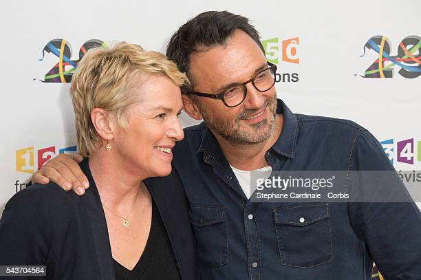 Journalist Elise Lucet and TV Host Frederic Lopez attend the France Television 2016/2017 Photocall on June 29 2016 in Paris France
