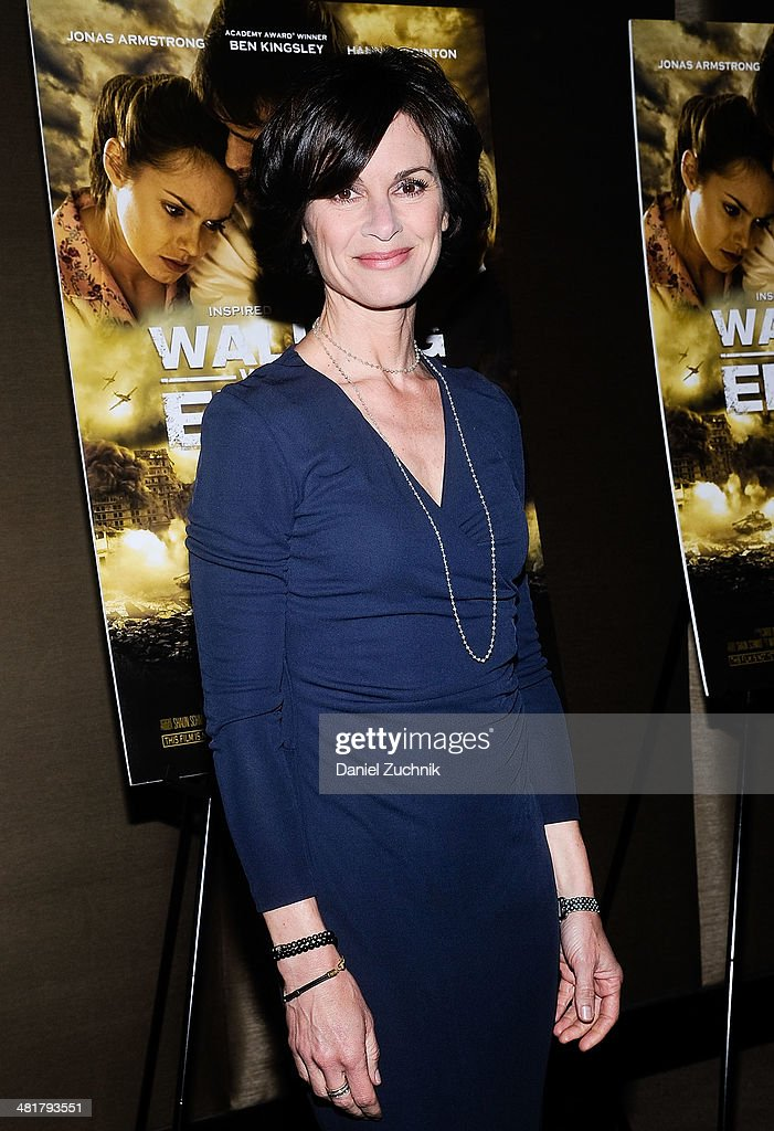 Journalist <a gi-track='captionPersonalityLinkClicked' href=/galleries/search?phrase=Elizabeth+Vargas&family=editorial&specificpeople=872515 ng-click='$event.stopPropagation()'>Elizabeth Vargas</a> attends the 'Walking With The Enemy' screening at Dolby 88 Theater on March 31, 2014 in New York City.