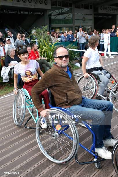 Journalist Erika Moulet and actor Lionel Abelanski attend the Race during the 'All in Wheelchair Day' as part ofthe 2017 French Tennis Open Day...