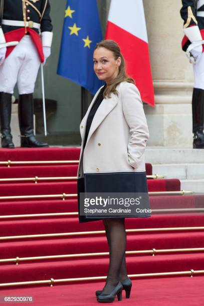 Journalist Laurence Haim arrives at the Elysee Palace prior to the handover ceremony for New French President Emmanuel Macron at Elysee Palace on May...