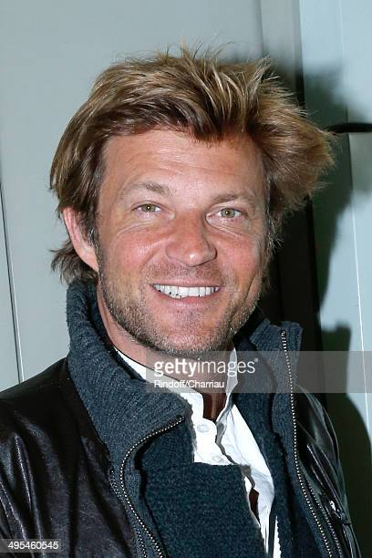 Journalist Laurent Delahousse poses at France Television french chanels studio whyle the Roland Garros French Tennis Open 2014 Day 10 on June 3 2014...