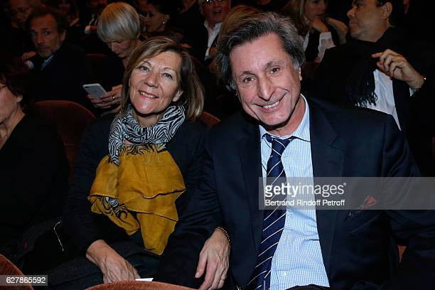 Journalist Patrick de Carolis and his wife CarolAnn attend Franck Ferrand performs in his Show 'Histoires' at Theatre Antoine on December 5 2016 in...