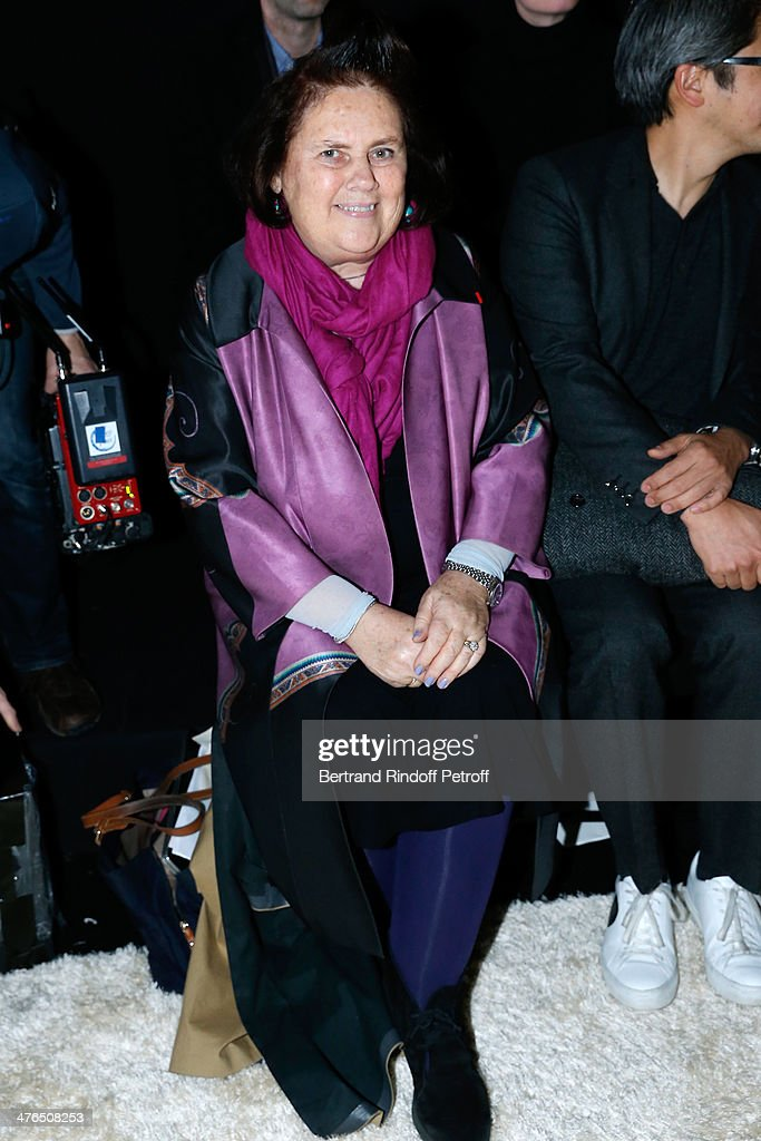 Journalist <a gi-track='captionPersonalityLinkClicked' href=/galleries/search?phrase=Suzy+Menkes&family=editorial&specificpeople=816435 ng-click='$event.stopPropagation()'>Suzy Menkes</a>, she leaves The International Herald Tribune to become International Vogue Editor at Conde Nast International, attends the Giambattista Valli show as part of the Paris Fashion Week Womenswear Fall/Winter 2014-2015 on March 3, 2014 in Paris, France.