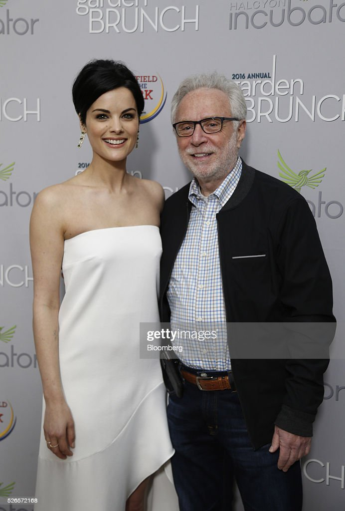 Journalist Wolf Blitzer, right, and actress Jaimie Alexander attend the 23rd Annual White House Correspondents' Garden Brunch in Washington, D.C., U.S., on Saturday, April 30, 2016. The event will raise awareness for Halcyon Incubator, an organization that supports early stage social entrepreneurs 'seeking to change the world' through an immersive 18-month fellowship program. Photographer: Andrew Harrer/Bloomberg via Getty Images