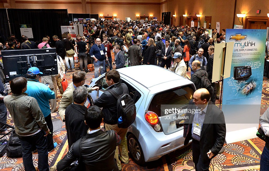 Journalists and visitors arrive to pre opening event ''CES Unveiled'' event during the International Consumer Electronics Show (CES) in Mandalay Bay Hotel resort on January 06, 2013 in Las Vegas, Nevada.