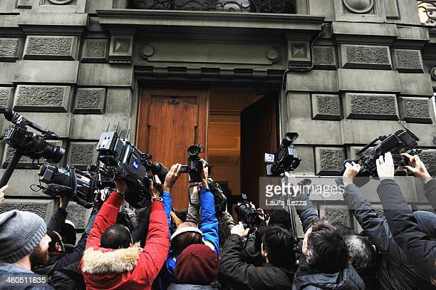 Journalists await the arrival of Mayor of Florence and leader of the Democratic Party Matteo Renzi at the First PD Secretariat Meeting on January 4...
