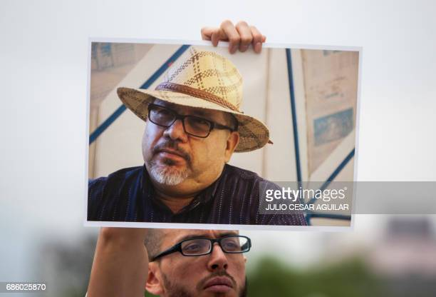 Journalists from the state of Nuevo Leon and members of civil organizations protest against the murder of Mexican journalist Javier Valdez occured in...