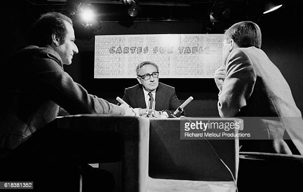 TV journalists JeanPierre Elkabbach and Alain Duhamel interview former American Secretary of State Henry Kissinger on the French television show...