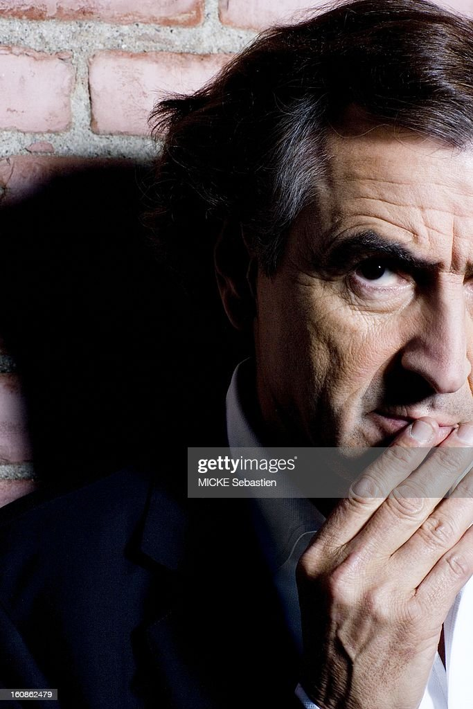 Journalists of 'Paris Match' Bernard-Henri Levy meet on Santa Monica Boulevard in Los Angeles for the release of his book 'Public Enemies', published by Flammarion Grasset, compiling secret correspondence he exchanged with the writer Michel Houellebecq . Face portrait of BHL (right side of the face).