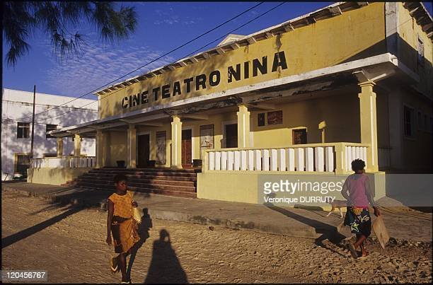 Journey To The End Of The World In Mozambique In May 2006 Nina s theater was the only one of the cityIt didn't resist of the change of the capital...