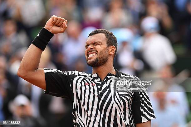 JoWilfried Tsonga of France celebrates victory during the Men's Singles second round match against Marcos Baghdatis of Cyprus on day five of the 2016...
