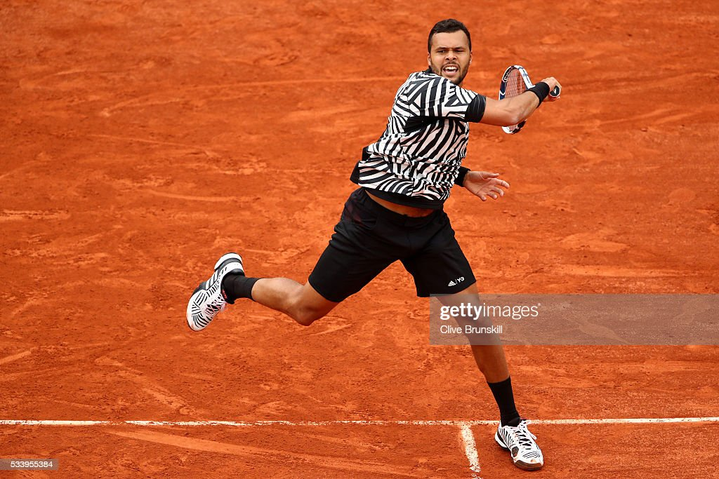 <a gi-track='captionPersonalityLinkClicked' href=/galleries/search?phrase=Jo-Wilfried+Tsonga&family=editorial&specificpeople=553803 ng-click='$event.stopPropagation()'>Jo-Wilfried Tsonga</a> of France plays a forehand during the Men's Singles first round match against Jan-Lennard Struff of Germany on day three of the 2016 French Open at Roland Garros on May 24, 2016 in Paris, France.