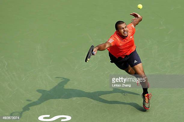 JoWilfried Tsonga of France returns a shot against Kevin Anderson of South Africa during the men's singles quarterfinals match on day 6 of Shanghai...