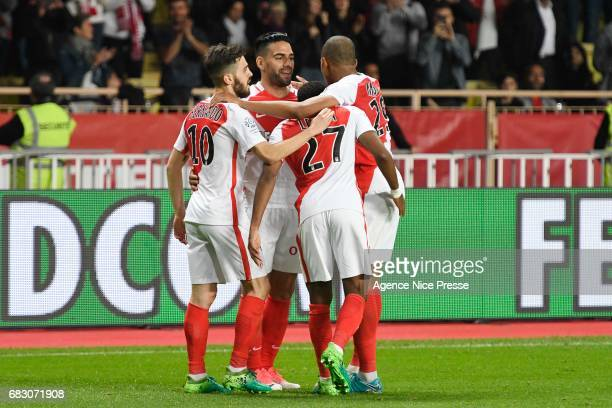 Joy of Radamel Falcao and Bernardo Silva and Kylian Mbappe and Thomas Lemar of Monaco during the Ligue1 match between As Monaco and Lille OSC at...