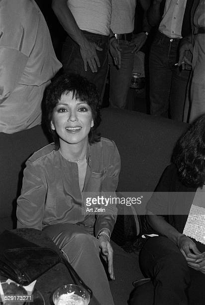 Joyce DeWitt out with friends for drinks circa 1970 New York